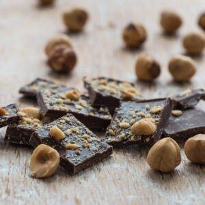 Cioccolatini fondente e nocciola